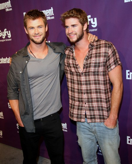 chris and liam hemsworth   Now Kiss Me Like You Mean It ...